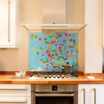 Balloons kitchen splashback